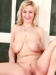 Naked blonde older