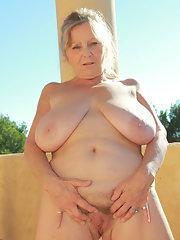 desi girl nude photoshoot